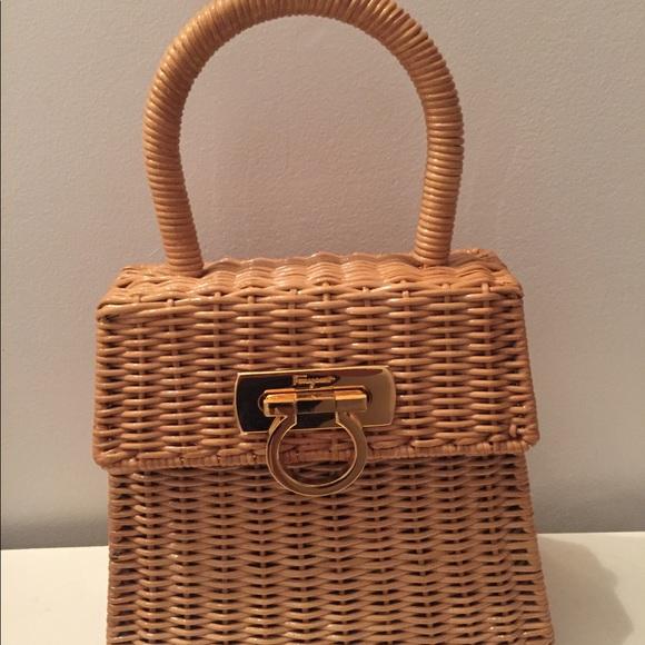 ef0ffc73b311 Salvatore Ferragamo Gancini wicker handbag. M 5b24257caaa5b82fd4b6b0d3